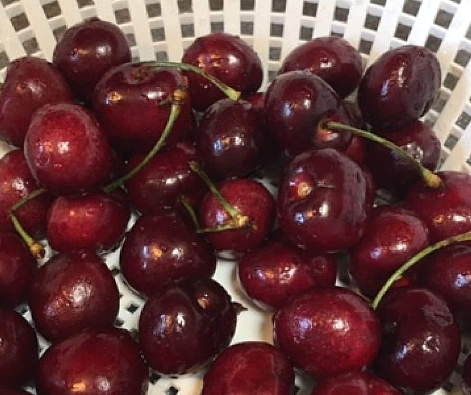 Why You Should Be Eating Cherries!